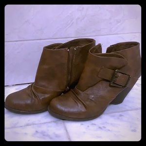 Blowfish brown leather booties
